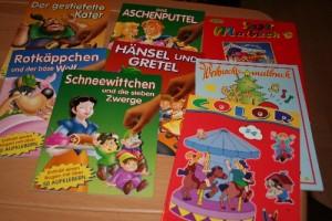 Kinderbücher und Malhefte für Flüchtlingskinder