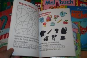 viele bunte Bilder in den Kinderbüchern