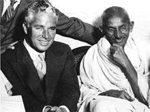 Charlie Chaplin und Gandhi